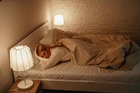 چاقی و خواب در نور