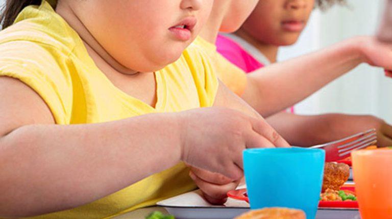چاقی در کودکان